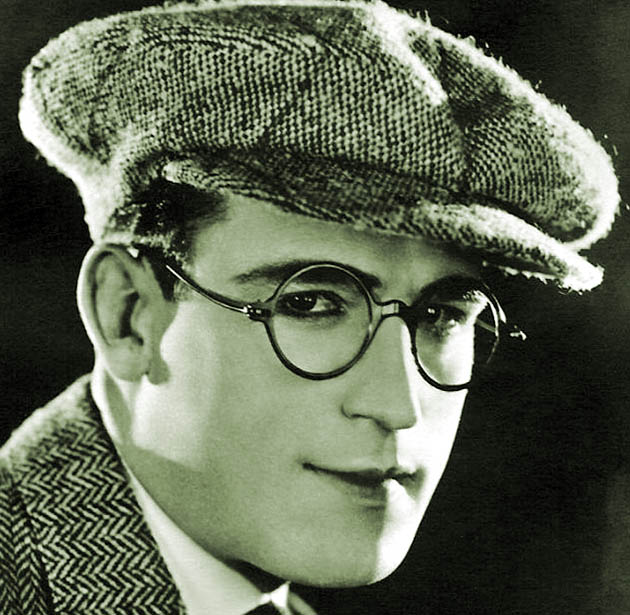 Harold Lloyd bespectacled average Joe silent comedies