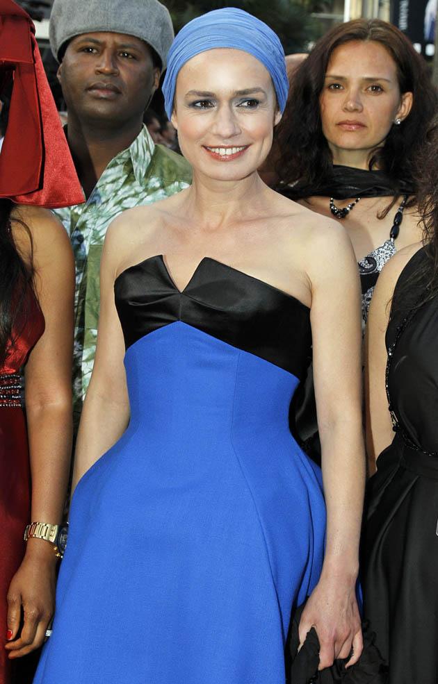 Sandrine Bonnaire Wall Street: Money Never Sleeps' premiere mixed reviews