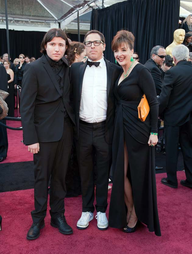 David O. Russell makes fashion and facial statement at Oscars