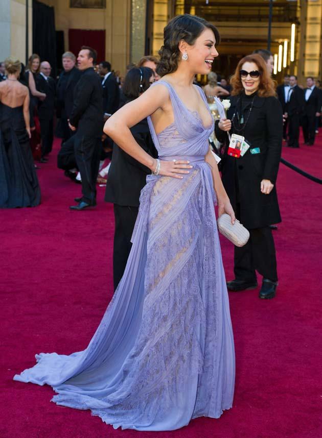 Mila Kunis blue dress