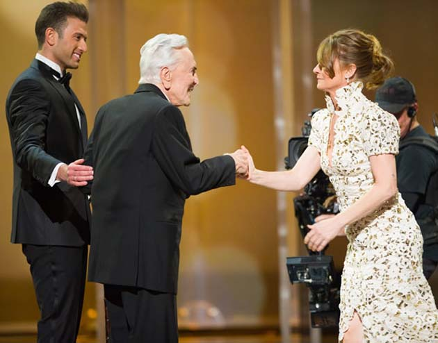 Omar Sharif Jr Kirk Douglas Melissa Leo Oscar history maker