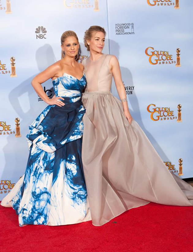 Sarah Michelle Gellar Piper Perabo Golden Globes
