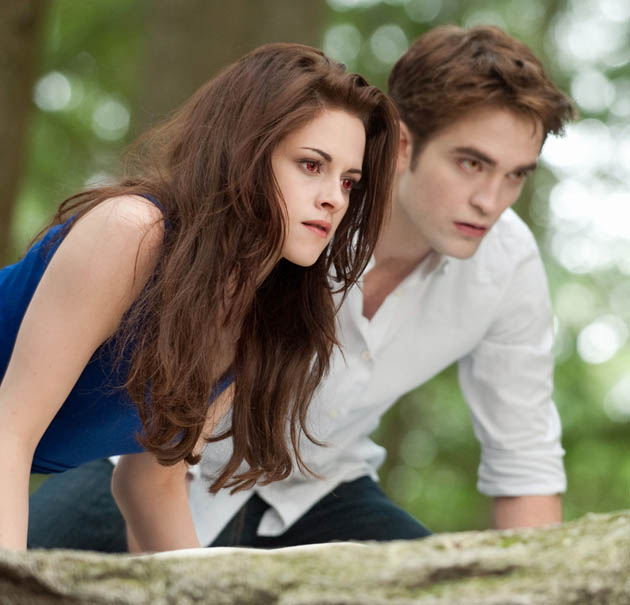 Twilight Breaking Dawn Part 2 vampires Kristen Stewart and Robert Pattinson go hunting