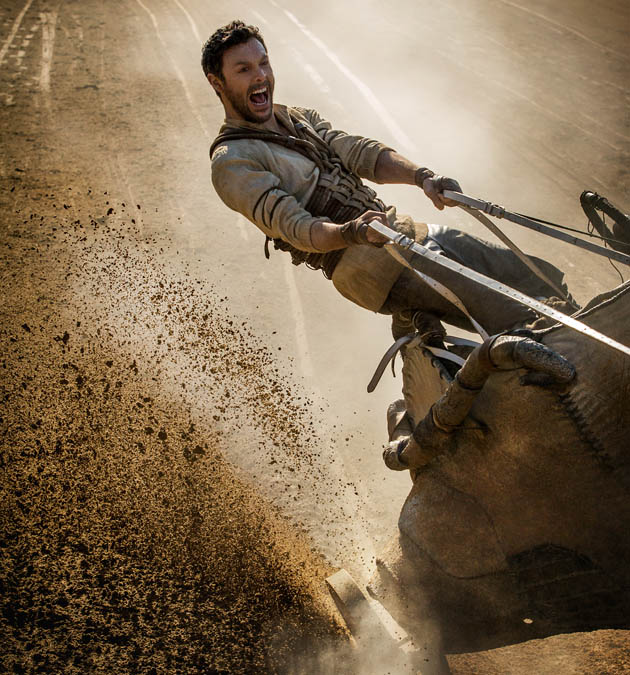 Ben-Hur 2016 trailer Jack Huston deadly chariot race in religious epic for CGI-loving crowd