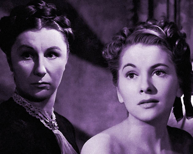 Rebecca 1940 with Joan Fontaine Judith Anderson: creepy lesbian housekeeper in love with deceased mistress