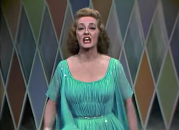 Bette Davis sings What Ever Happened to Baby Jane? song