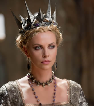 Charlize Theron Ravenna Snow White and the Huntsman