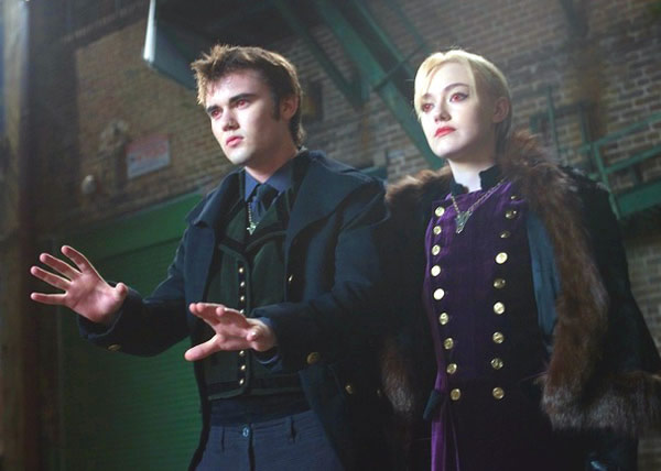 Dakota Fanning Cameron Bright Twilight Breaking Dawn - Part 2