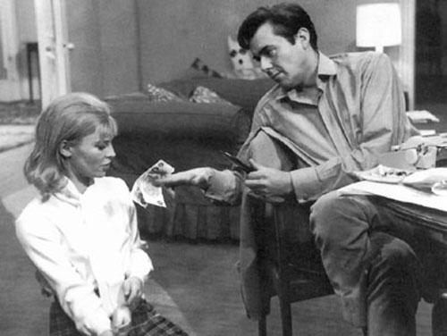 Julie Christie, Dirk Bogarde in Darling
