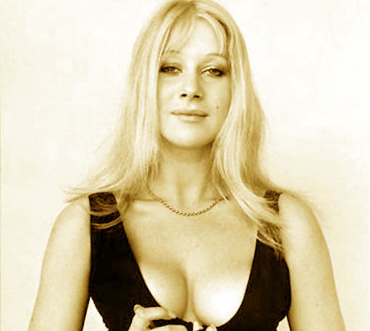 Helen Mirren young hot