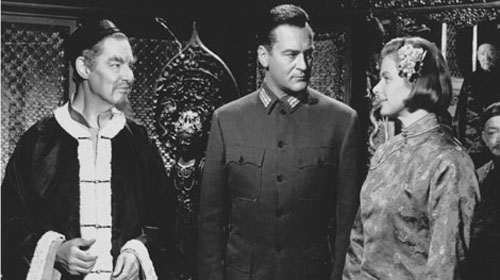 Robert Donat, Curt Jurgens, Ingrid Bergman in The Inn of the Sixth Happiness