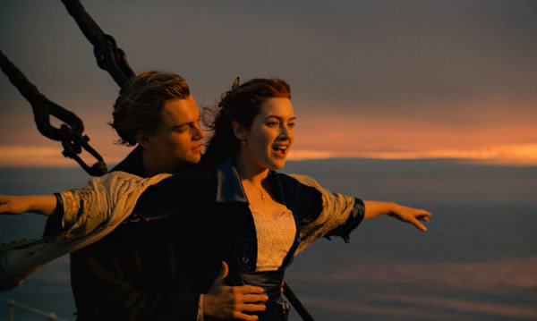 Leonardo DiCaprio Titanic 3D Kate Winslet top of the world