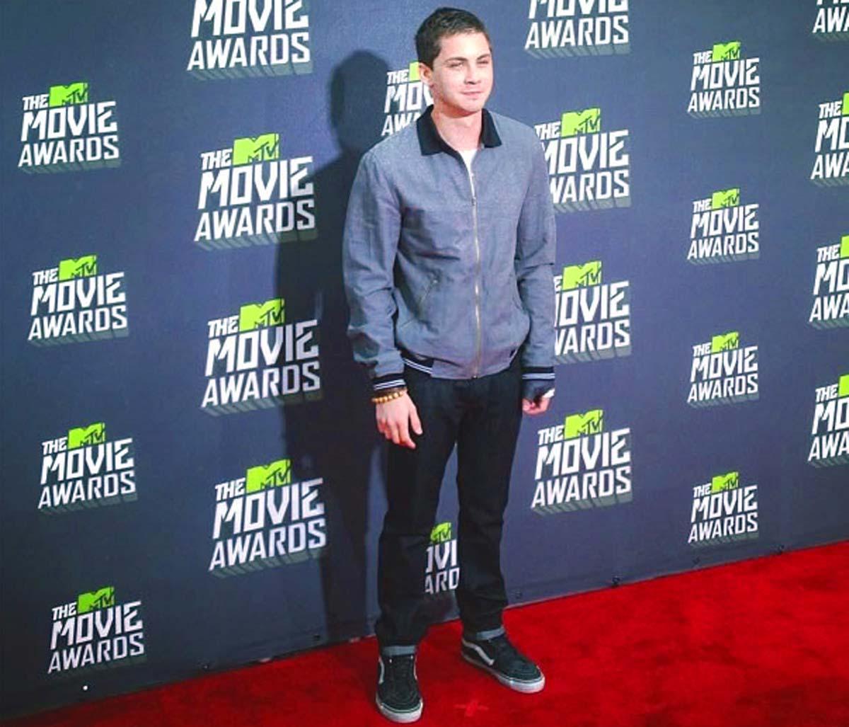 Logan Lerman MTV Movie Awards 2013
