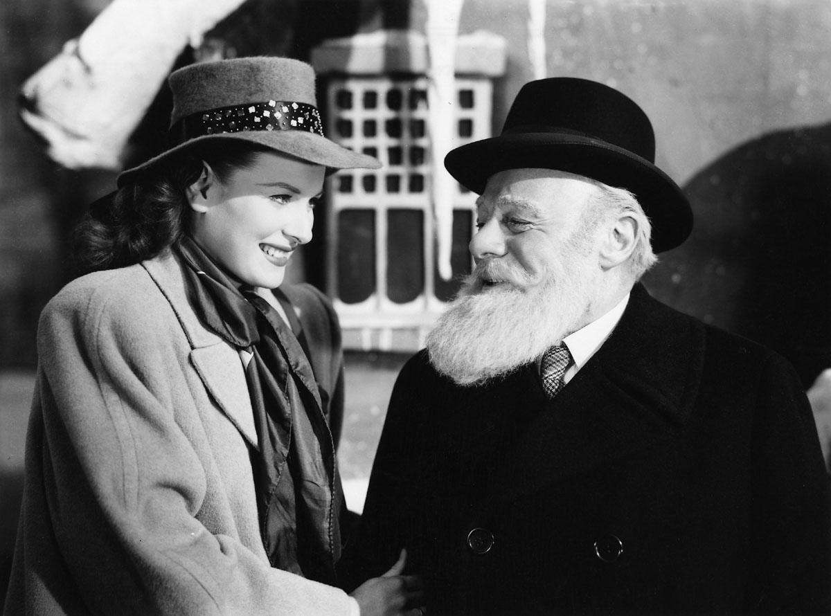 Maureen O'Hara, Edmund Gwenn in Miracle on 34th Street