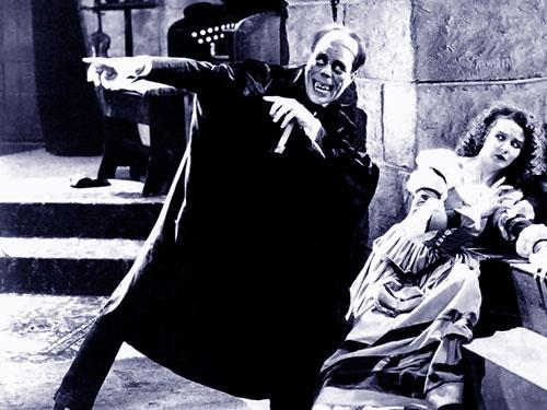 Lon Chaney, Mary Philbin in The Phantom of the Opera