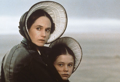 Holly Hunter, Anna Paquin in The Piano