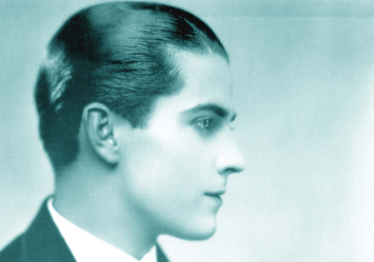 Ramon Novarro gay actor Mexican