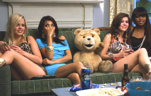 Seth MacFarlane Ted movie hot girls