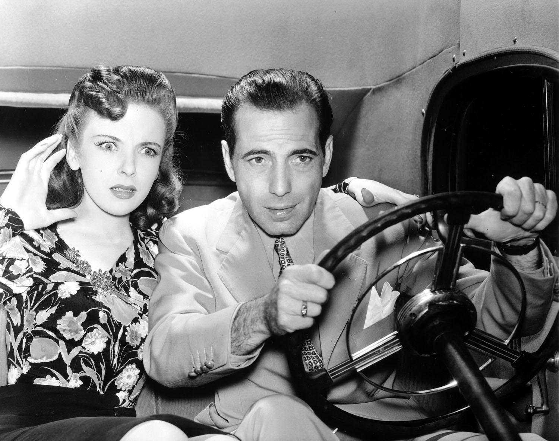 Ida Lupino, Humphrey Bogart in They Drive by Night