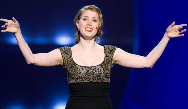 Amy Adams sings Enchanted song