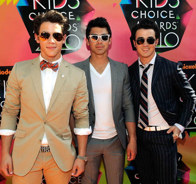 Nick Jonas brothers Kevin and Joe