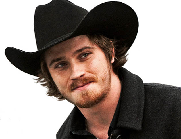Garrett Hedlund Country Strong: TRON Legacy actor + Oscar winner can't lure moviegoers