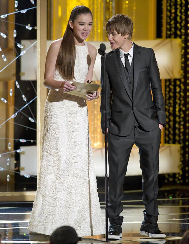 Hailee Steinfeld Justin Bieber Golden Globes