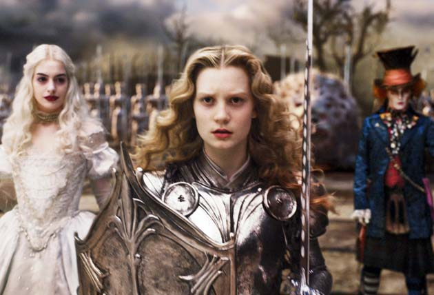 Alice in Wonderland 2010 Mia Wasikowska Anne Hathaway