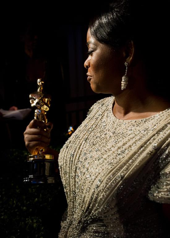 Octavia Spencer beautiful Oscar photo