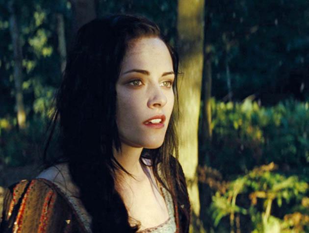 Kristen Stewart Snow White movie Ancient fairy tale revisited