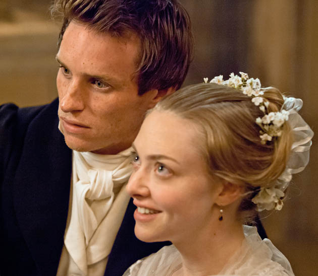 Les Misérables Eddie Redmayne Amanda Seyfried: Reviews mixed for Tom Hooper musical