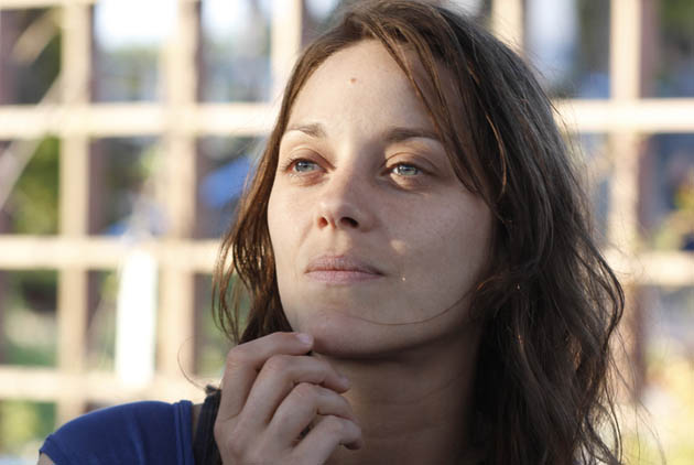 Marion Cotillard Rust and Bone: SAG Awards to suffer French invasion?