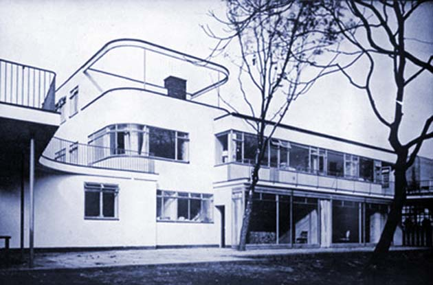 Walter Gropius house Constance Cummings in Chelsea