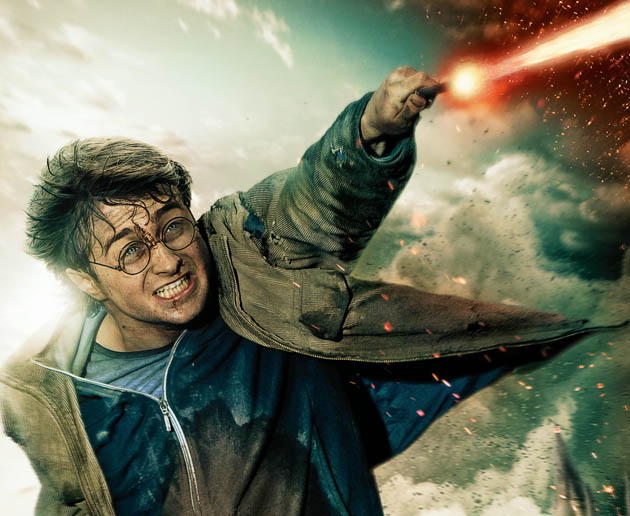 Harry Potter and the Deathly Hallows Part 2 wallpaper Daniel Radcliffe vs (most likely) Lord Voldermort
