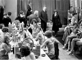 Au bonheur des dames (1930), directed by Julien Duvivier, starring Dita Parlo, Armand Bour, Pierre de Guingand
