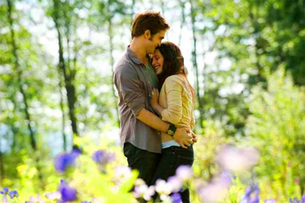 Eclipse Twilight movie Robert Pattinson and Kristen Stewart
