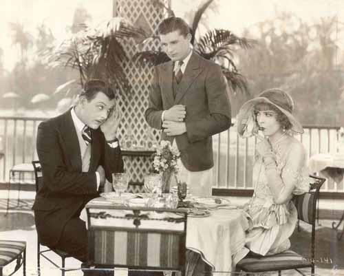 Hallam Cooley, Larry Kent, Colleen Moore in Her Wild Oat