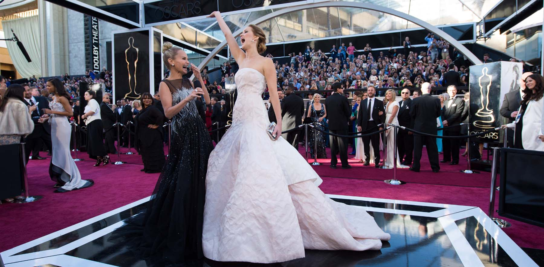 Jennifer Lawrence Oscar red carpet
