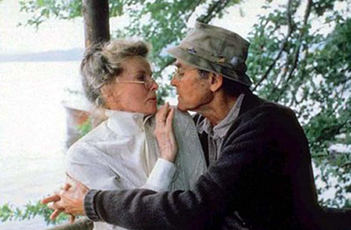 Henry Fonda Katharine Hepburn On Golden Pond