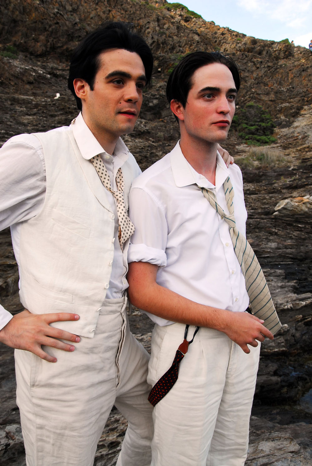 Javier Beltran, Robert Pattinson in Little Ashes