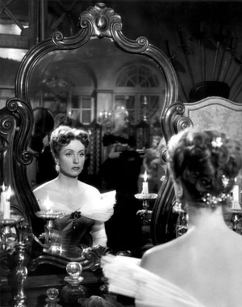 Danielle Darrieux in The Earrings of Madame de...