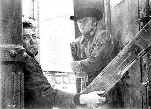 Dustin Hoffman, Jon Voight in Midnight Cowboy