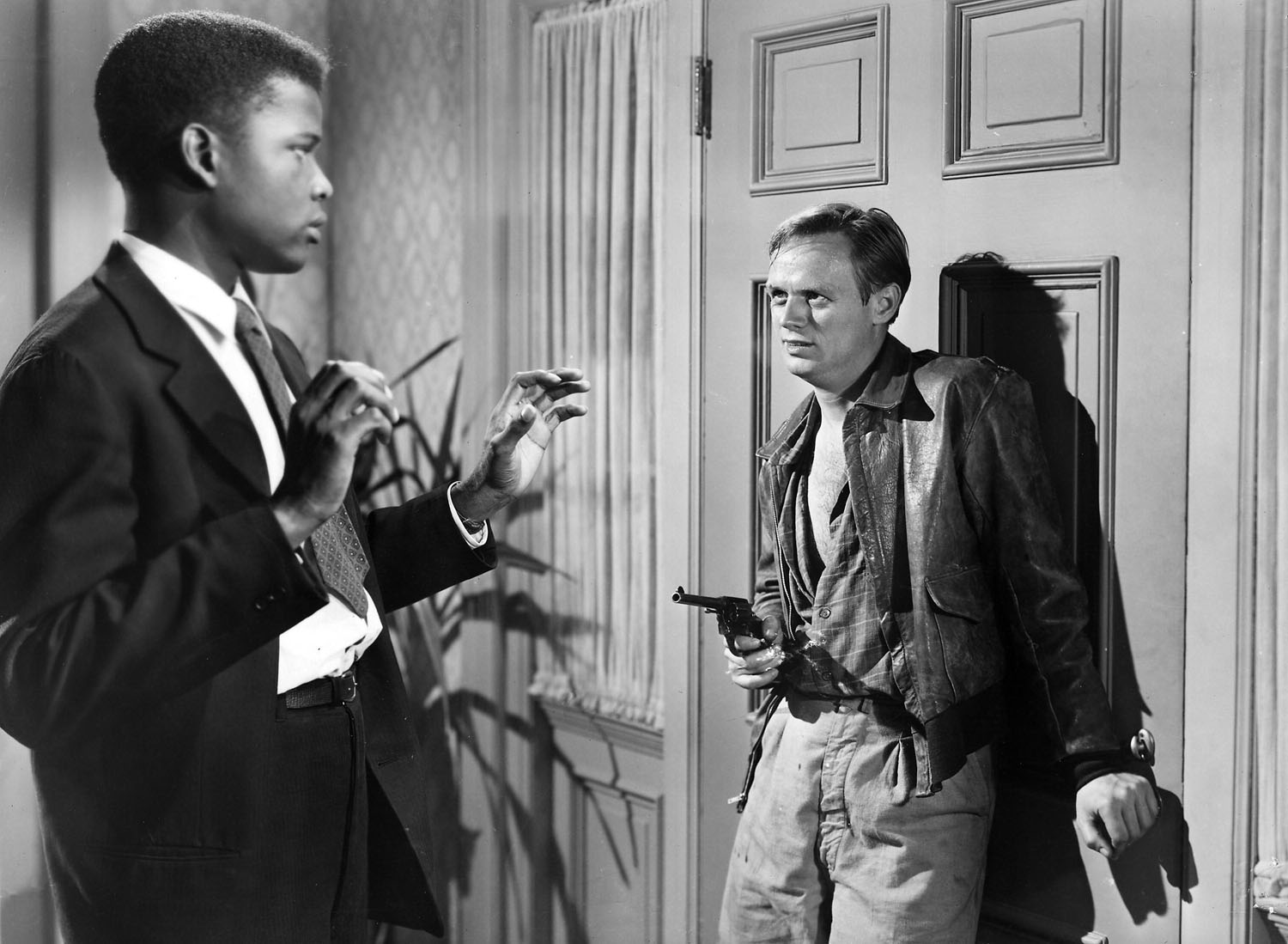Sidney Poitier, Richard Widmark in No Way Out