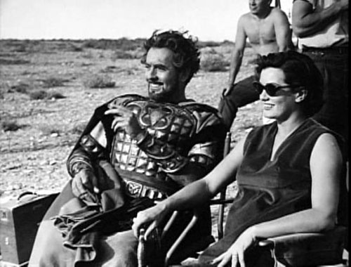 Tyrone Power, Deborah Minardos on set of Solomon and Sheba