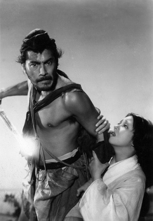 Toshiro Mifune, Machiko Kyo in Rashomon