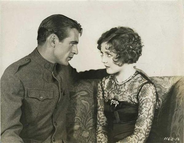 Gary Cooper, Nancy Carroll in The Shopworn Angel